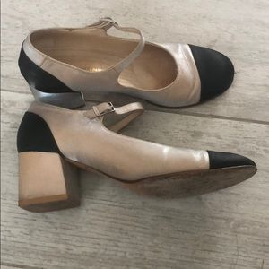 *Chanel*auth two-tones Mary Jane heels_SZ38(fit37)